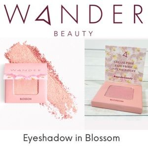 🆕 Wanderess Eye Shadow Single BLOSSOM